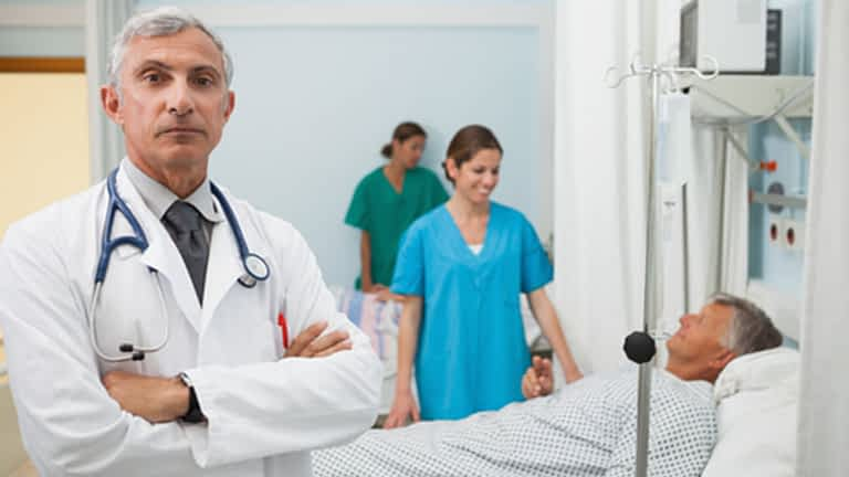 Are USA Visitors and Immigrants eligible to apply for Obamacare?