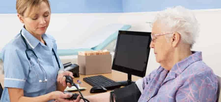 How Does Patients' Choice Affect Hospital Ratings?