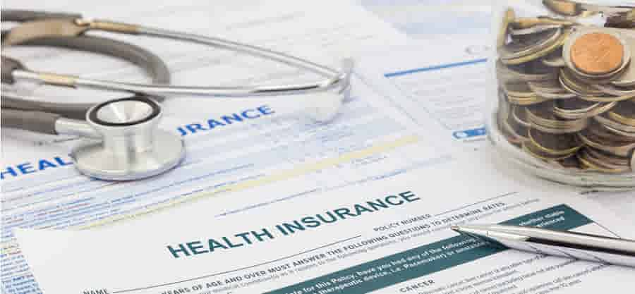 which plan should you choose limited or comprehensive visitor insurance?